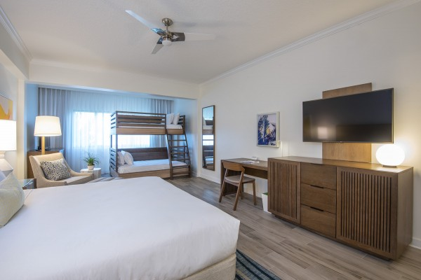 Hawks Cay Family Guestroom with TV