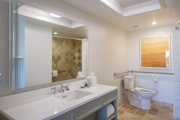 Hawks Cay Accessible Bathroom for Guestroom with One King Bed in the Florida Keys