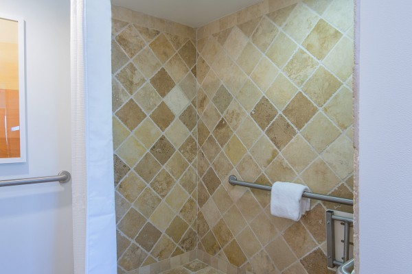 Hawks Cay Accessible Bathroom Shower for Guestroom with One King Bed in the Florida Keys
