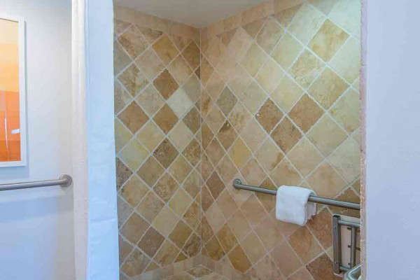 Hawks Cay Guestroom with Accessible Family Bathroom Shower
