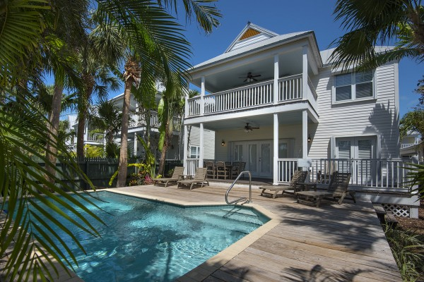 Luxury Villa Rentals in Florida Keys with Backyard Pool