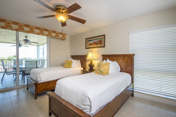 Hawks Cay Marina Village Bedroom